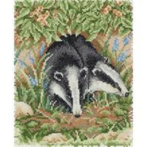 Badger's Den - Badger Counted Cross Stitch Kit  19.5x16.5cm
