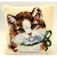 Kitten Latch Hook Cushion Front kit by Vervaco
