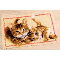 Adorable Kittens Latch Hook rug making kit. Vervaco